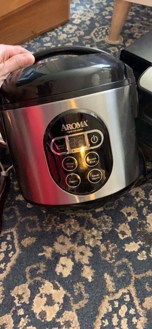 Rice cooker , crock pot, oven for Sale in Centreville, VA