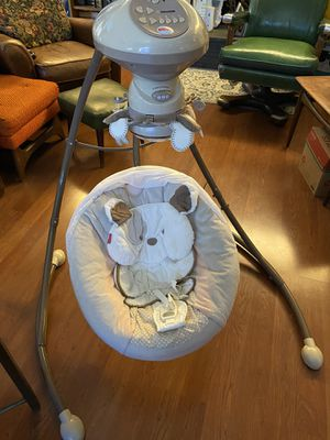 Fisher Price Snuggle Puppy cradle and swing. for Sale in San Diego, CA