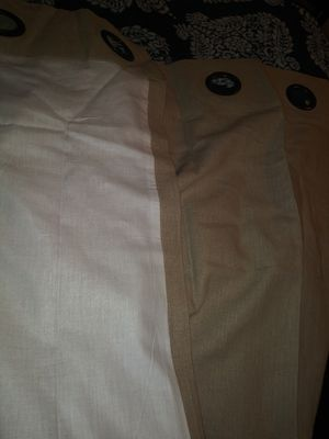 FREE Heavy weight beige lined drapes 2 panels 48×84 for Sale in Vancouver, WA