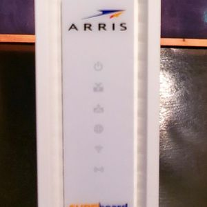 Motorola ARRIS SURFboard SBG6700AC DOCSIS 3.0 Cable Modem Wi-Fi Router for Sale in Chandler, AZ