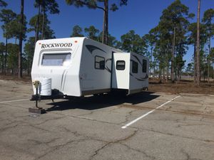 RV Bunkhouse!!!! 2011 Rockwood Signature Ultra Lite bunkhouse for Sale in Gulf Breeze, FL