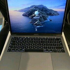Apple Mackbook pro for Sale in New York, NY