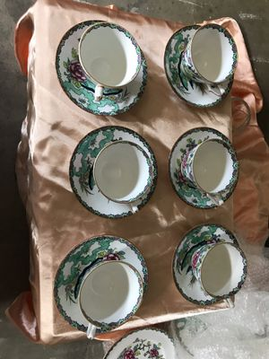 Like new 6 piece saucer/teacup set- Fine Bone China Crown Staffordshire for Sale in Everett, WA