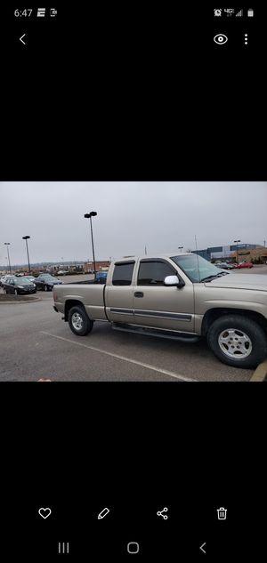 Chevy Silverado 1500 extended cab for Sale in Cincinnati, OH