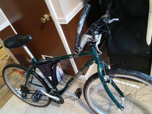 Raleigh m 40 bike for Sale in Cleveland, OH