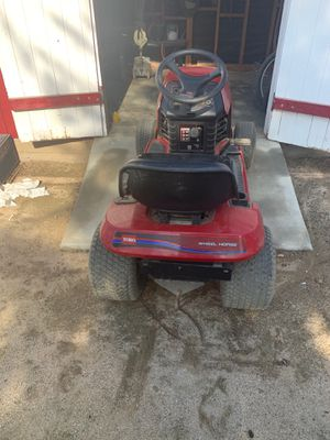 Toro Riding Lawn Mower for Sale in Norco, CA