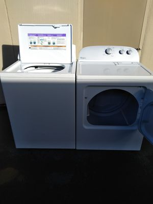 Washer and dryer whirlpool for Sale in Seattle, WA