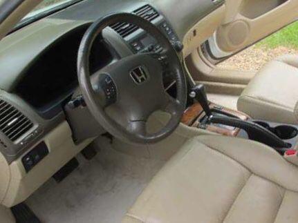 •2004 Honda Accord EX