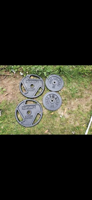 2 45 LBS weights,2 25LBS weights and 3 weight bars with bench for Sale in Middlesex, NJ