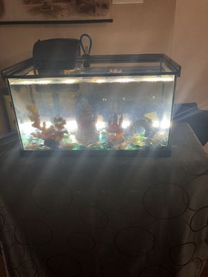 Fish tank for Sale in Cary, NC