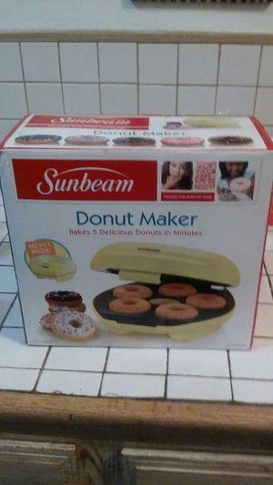 Sunbeam Donut Maker for Sale in Pomona, CA