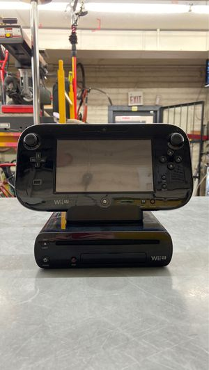 Nintendo Wii U 32GB Video Game Console WUP-101 for Sale in Phoenix, AZ