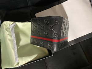 Gucci wallet for Sale in San Jose, CA