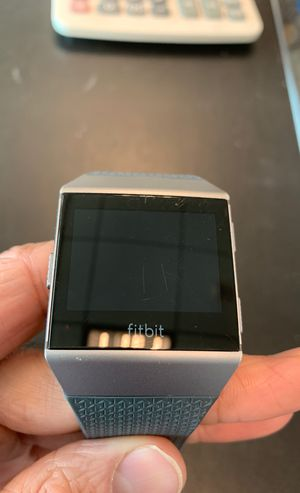 Fitbit Iconic for Sale in Miami, FL