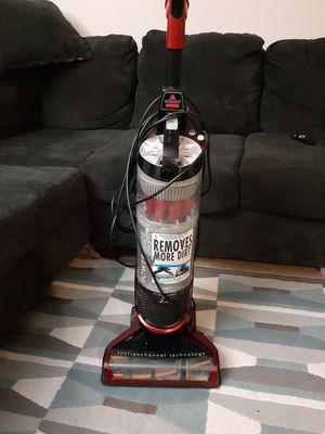 Vacuum bissell buenas condiciones for Sale in UNIVERSITY PA, MD