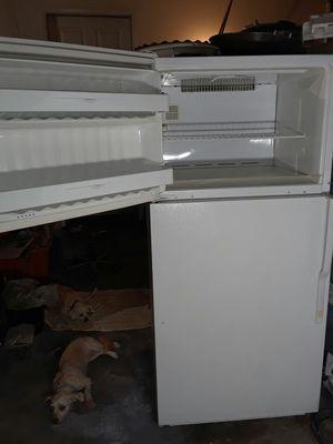 Top White Freezer Refrigerator for Sale in Riverside, CA