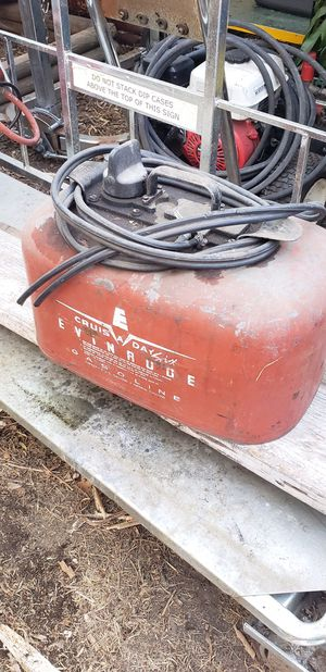 Evinrude outboard motor pressurized fuel tank. for Sale in Fullerton, CA