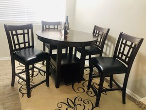 Dining Table (4) Chairs for Sale in Las Vegas, NV