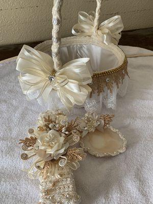 Canasta y velas para toda ocasión for Sale in Stockton, CA
