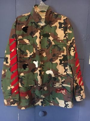 OFF WHITE Camo Jacket (large) for Sale in Huber Heights, OH