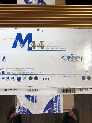 Amplifier for Sale in Lindsay, CA