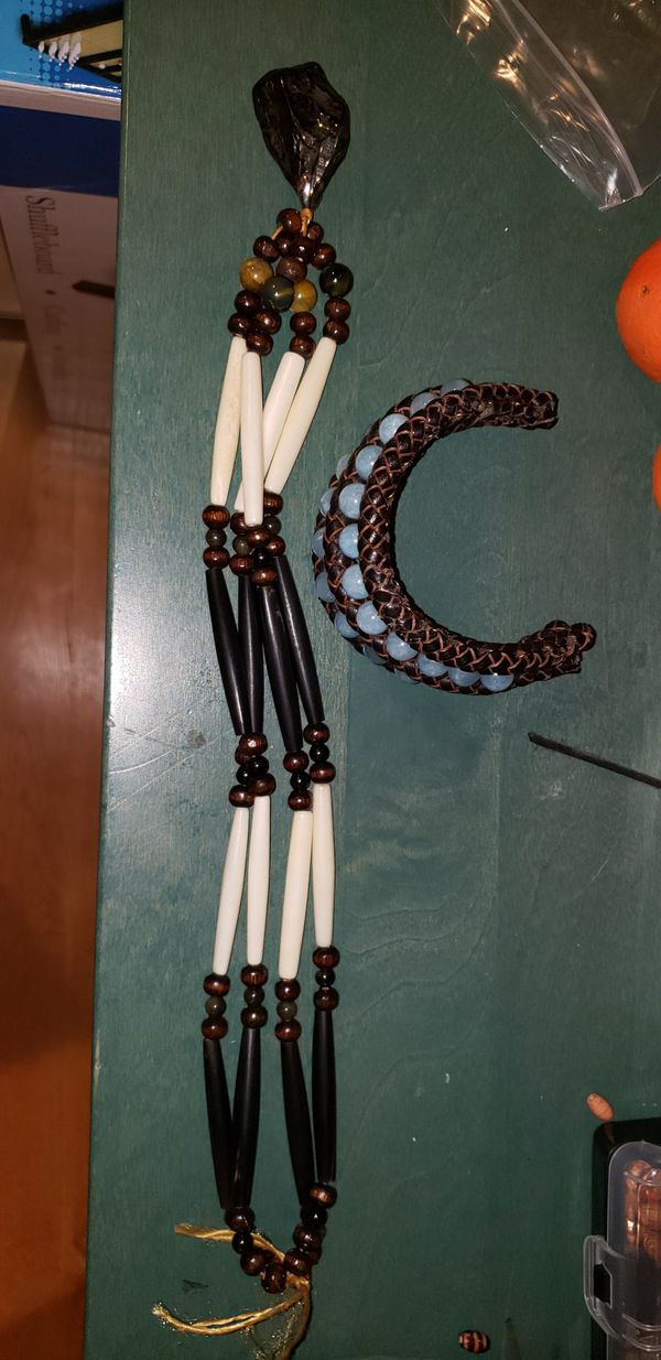 Hand made Native American inspired necklace and bracelet!