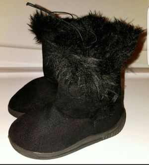 New-Girl's Faux Fur Boots for Sale in Saint Charles, MO