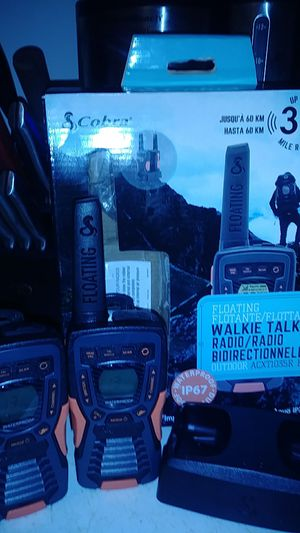 Cobra walkie talkies water proof 37 mile Max r ange for Sale in Oroville, CA