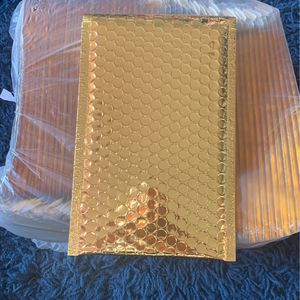 50 Metallic gold bubble mailers 6x10 for Sale in The Bronx, NY