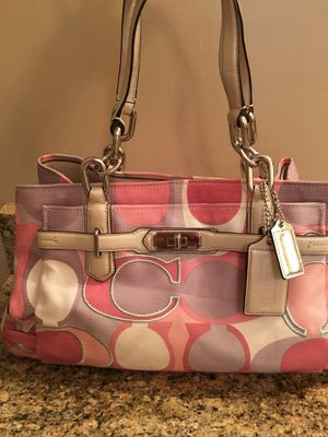 Coach signature handbag for Sale in Crownsville, MD