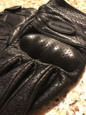 Olympia perforated leather gloves for Sale in Austin, TX