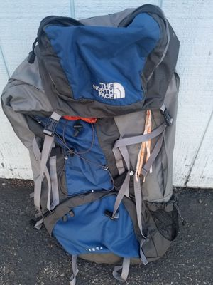 North Face large backpack for Sale in Everett, WA