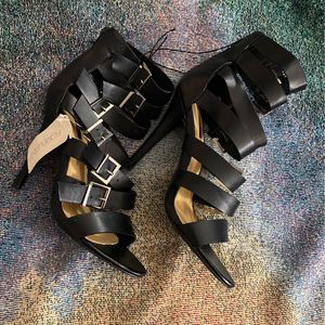 Black Strap Heels for Sale in San Pablo, CA