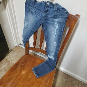 Size 1 SHORT WOMENS JEANS for Sale in Fresno, CA