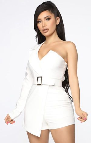 Fashion Nova White Blazer Outfit / Romper Outfit for Sale in Los Angeles, CA