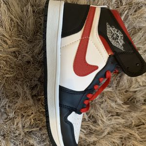 Jordan 1 Red And Black for Sale in Katy, TX