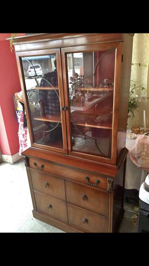 Antique Wooden china cabinet with 3 shelves one drawer and one shelve storage underneath. for Sale in Pelham, GA