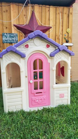Step 2 Toddlers Play House For Toddlers for Sale in Houston, TX