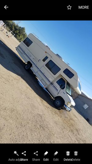 1992 clini title for Sale in Lucerne Valley, CA