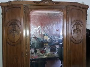 PRICE REDUCED! Antique armoire for Sale in Los Angeles, CA
