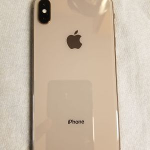 iPhone XS Max Factory Unlocked Mint Condition Everything Works Perfectly 256 GB for Sale in Fort Lauderdale, FL