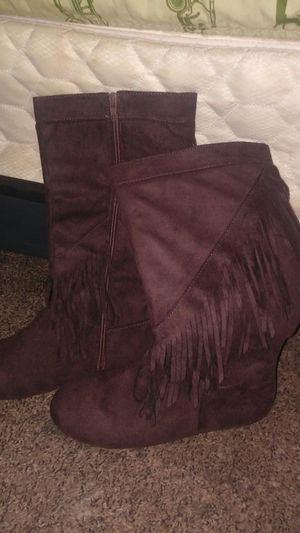 Boots for Sale in Cleveland, OH