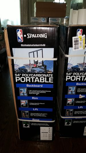 New spalding 54in Polycarbonate Backboard Basketball Hoop for Sale in Arlington Heights, IL