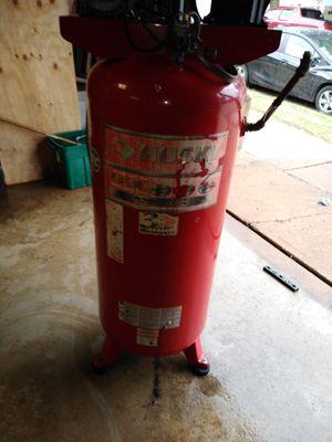 Husky 60 gallon air compressor for Sale in St. Louis, MO