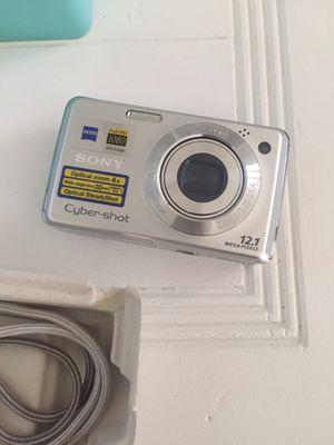 Sony cybershot camera for Sale in North Las Vegas, NV