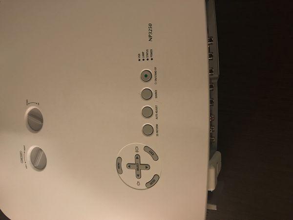 NEC NP3250 Projector