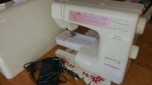 Sewing machine, janome for Sale in Plainfield, IL