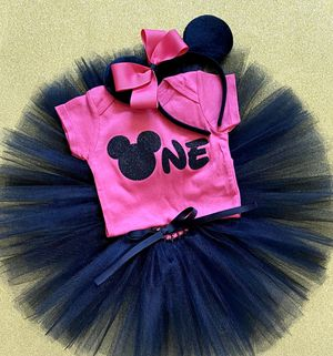 Cute Dark Pink & Black Minnie Mouse 1st Birthday Outfit 💗 12 Months for Sale in Long Beach, CA