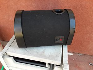 BAZUCA POLK AUDIO 8 PULGADAS GOOD CONDICIÓN ABLO ESPAÑOL for Sale in Stockton, CA