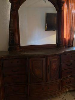 Dresser for Sale in Lynwood,  CA